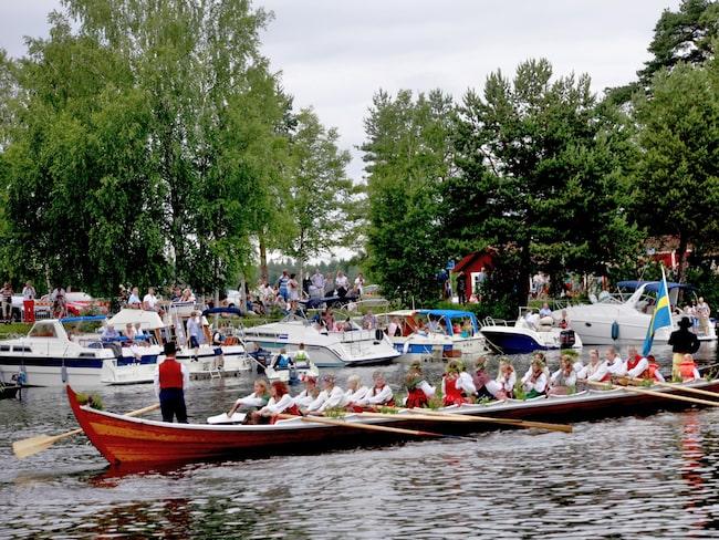 Kyrkbåtsrodden i Torsång.