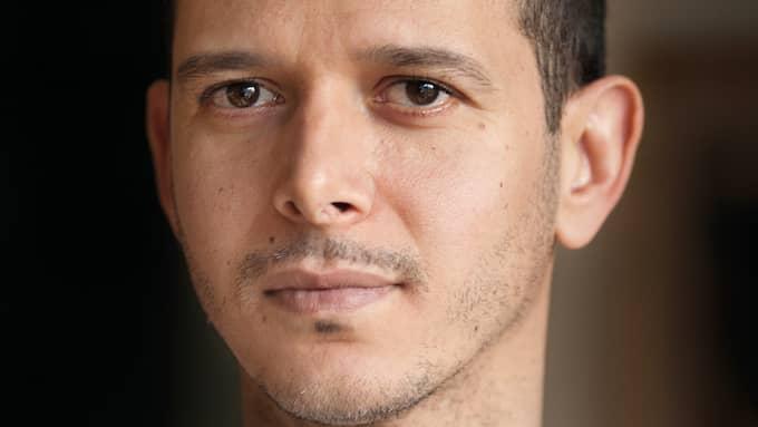 Abdellah Taïa, född i Marocko och bosatt i Paris. Foto: MATHIAS GRATE / ELISABETH GRATE