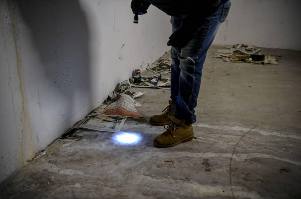 Under resecentrum hittar polisen ett knarknäste. Foto: Alex Ljungdahl/Expressen