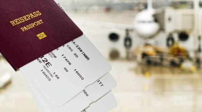 Reglerna innebär att alla som har ett pass som går ut inom sex månader från den planerade hemresan riskerar att stoppas vid gränsen.