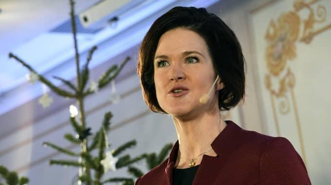 Även Moderatledaren Anna Kinberg Batra planerar för fler inrikesresor. Foto: Jonas Ekströmer/TT