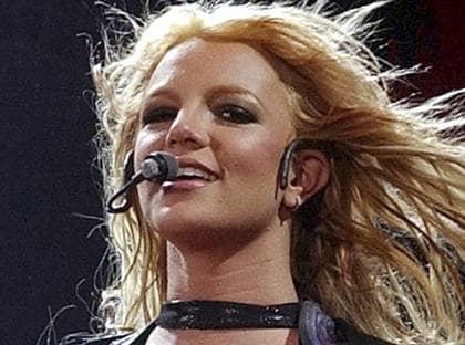 Lyssna gratis på Britney Spears och andra artister.