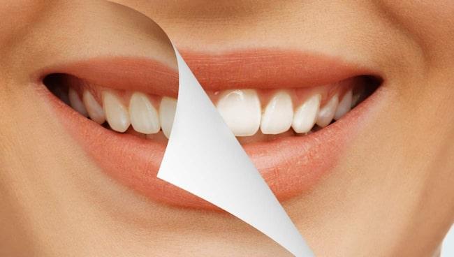 Blekmedel är starka ock kan i värsta fall skada dina tänder.