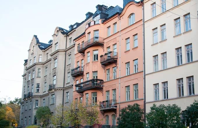 Priserna på bostadsrätter faller... Foto: HENRIK ISAKSSON/IBL / /IBL