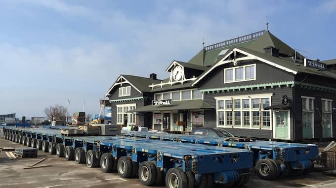 Förra året flyttades ångfärjestationen från parkeringen till havsläge. Foto: LARS-OLOF STRÖMBERG