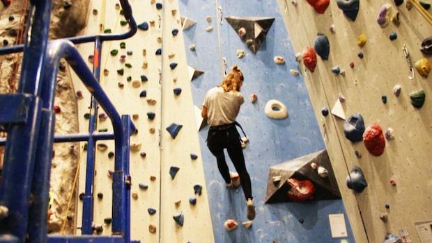 Höjdrädda Erika Kits Gölevik testar klättring