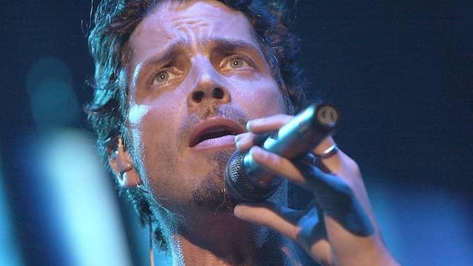 Nu ställer sig Chris Cornells familj skeptiska mot rättsläkarens uttalande om att dödsfallet var ett självmord. Bilden är från en konsert med bandet Audioslave 2005. Foto: VAUGHN YOUTZ