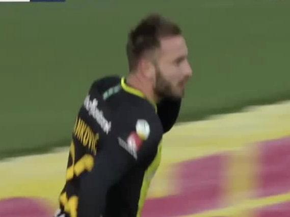 Tankovic med matchens första mål