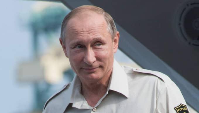 Informeras. Rysslands president Vladimir Putin har skickat observatörer till den stora arméövningen i Sverige. Foto: Sergey Guneev/All over press