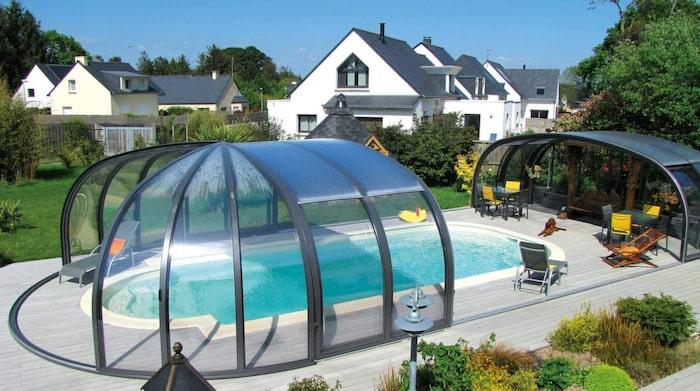 liten pool i trädgården