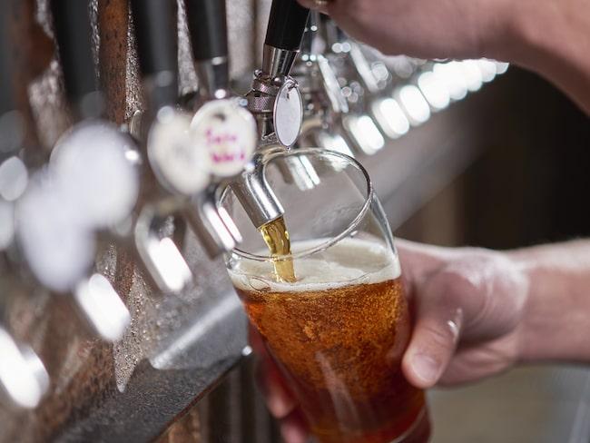 Och många bryggerier satsar på seriös, alkoholfri öl.