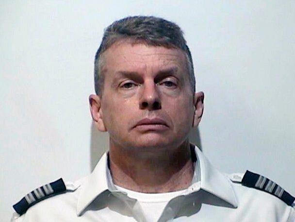 Piloten Christian R. Martin greps i lördags och misstänks för tre mord 2015.