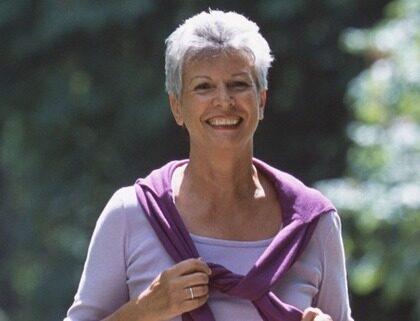 Genom promenader och viss kostomläggning går det att sänka blodtrycket på bara två veckor.