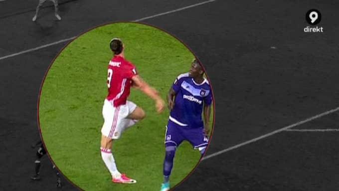 Zlatan landar och knäet sträcks ut i en onaturlig vinkel. Foto: Kanal 9