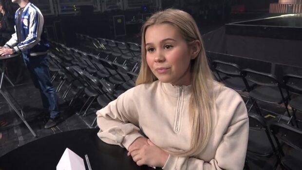 """Lisa Ajax sjunger om olycklig kärlek i låten """"Torn"""""""