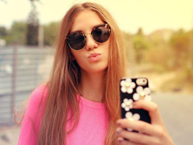 Visst är sociala medier underbart - men här är 17 sätt de kan göra ditt liv sämre på.