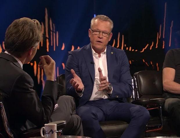 Efter frågan om Zlatan - Janne Andersson får publiken att jubla i Skavlan