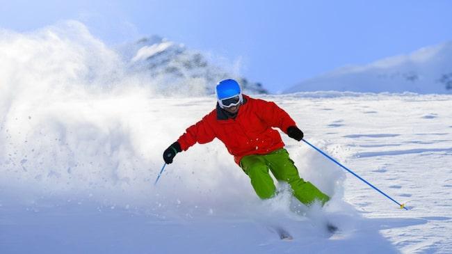 Kasta dig nerför pisten. Du har många skidorter att välja bland i Alperna, närmare bestämt över 600 stycken.