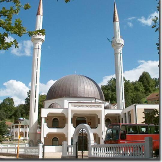 Bosnien Kljuc Moske L 228 Sarnas Resbilder P 229 Expressen Se
