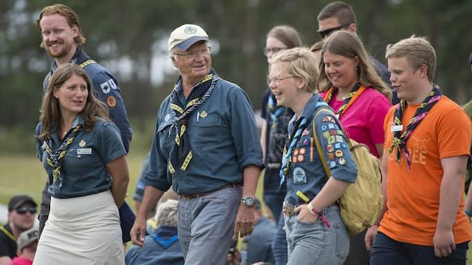 Scouterna tycker att det är trevligt med finbesök, säger Carolina Svensson, på Jamborees presscenter. Foto: BJÖRN LINDGREN /TT NYHETSBYRÅN / TT NYHETSBYRÅN