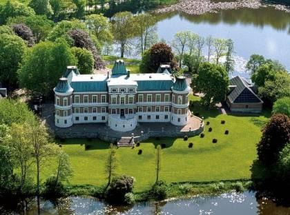 Unna dig lite höstmys på ett äkta svenskt slott i år!