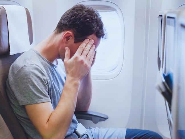 Temperaturen låg på runt 50 grader inne i flygplanet.