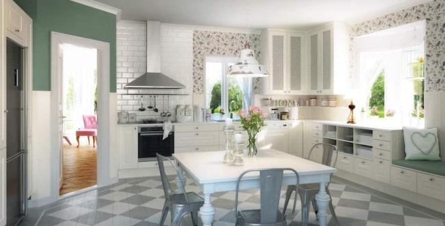 2 Lindö vit, Marbodal<br>Lantlig romantik<br>Lindö vit beskrivs av Marbodal som ett kök som passar lika bra i lägenheten som på landet. Väggluckorna har en flätad fyllning och bänkskivan är gjord i Carraramarmor.<br>Pris: 138 100 kronor.