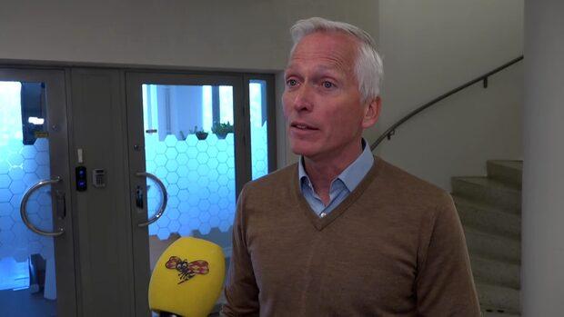 """""""Måste skilja fotboll från båtsemester och camping"""""""
