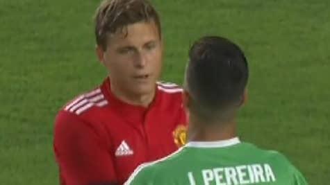 Victor Nilsson Lindelöf gjorde debut för United i natt. Foto: Viasat Sport Premium