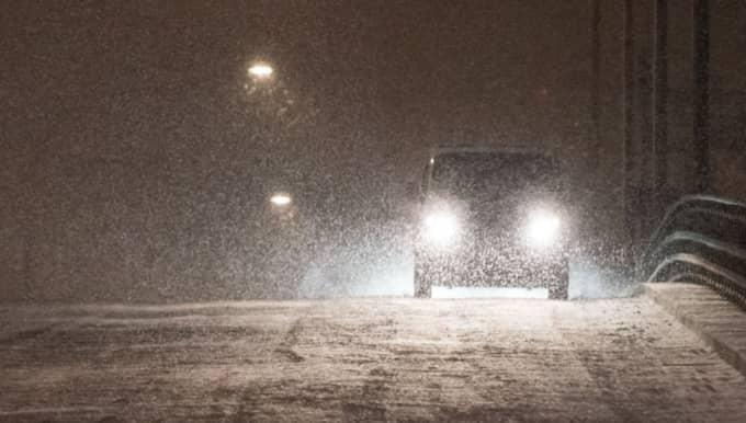 SMHI klass 1-varnar för snöfall under söndagen och natten till måndag. Foto: Pelle T Nilsson