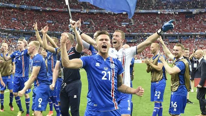 Traustason firar Islands avancemang från gruppspelet i EM 2016. Foto: MARTIN MEISSNER / AP TT NYHETSBYRÅN