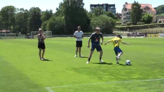 Här får Valdemar, 10, spela fotboll med idolen