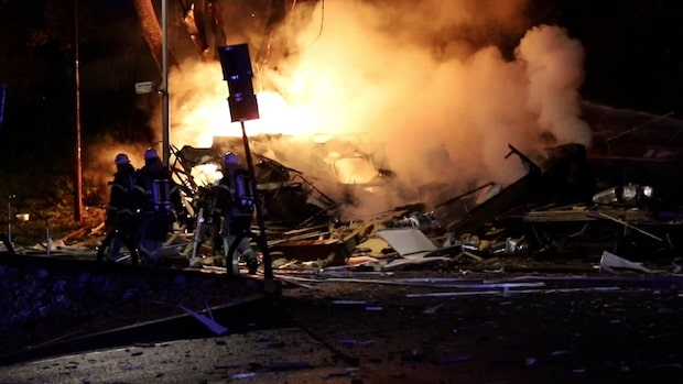 Kraftig explosion i gatukök i Solna
