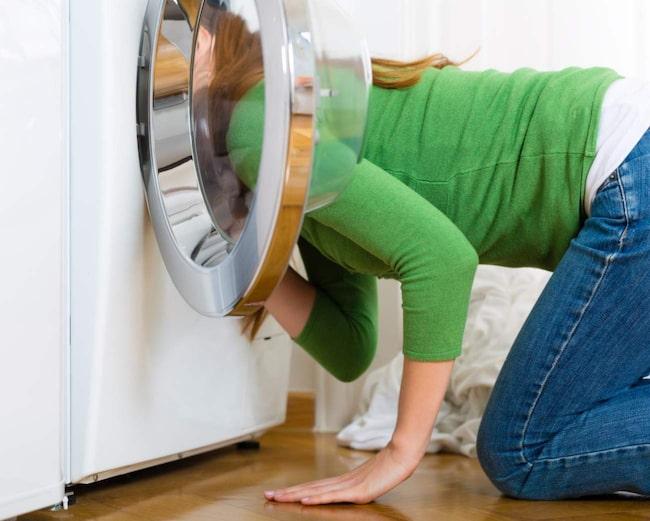 Får du också leta efter den där sista strumpan som fattas? Misstänker du att tvättmaskinen har slukat den? Det händer oss alla. Men nu har vi en lösning.