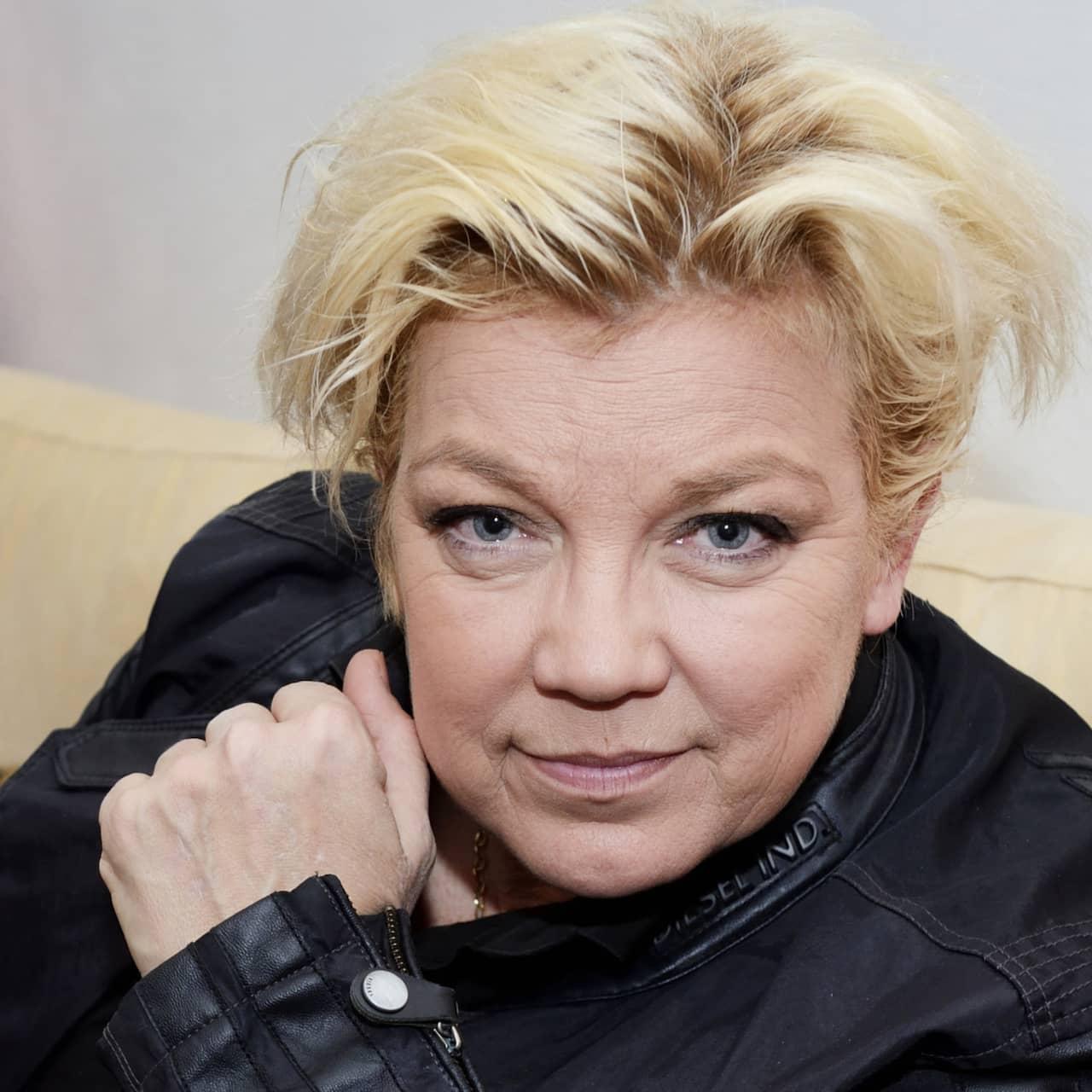 51. Elisabeth Ohlson Wallin
