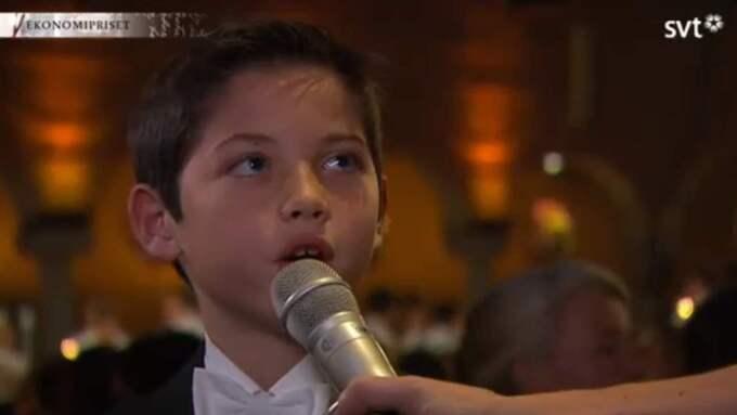 Ekonomipristagaren Angus Deatons 9-årige son beskriver sin vecka i Sverige som fantastisk Foto: SVT