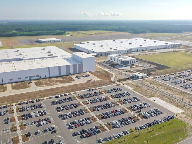 Volvos första amerikanska fabrik ligger i Charleston. Nu är den officiellt invigd.