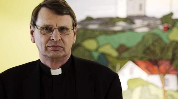 """""""Om man utgår från de stora sammanhangen i Bibeln är det svårt att komma fram till den tolkning pingstpastorerna gör"""", anser biskop Per Eckerdal från Göteborg. Foto: Jan Wiriden"""