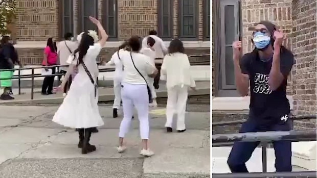 Här brister de ut i dans – i väntan på att få rösta