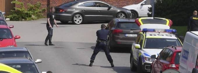Den 24-årige mannen sköts av polisen efter att ha knivskurit tre personer. Ett av offren avled av sina skador, en äldre kvinna. Foto: Henrik Danielsson/Scanpix