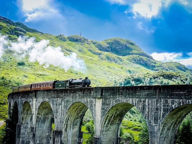 I maj börjar Hogwartz Express köra två turer per dag genom det skotska höglandet.