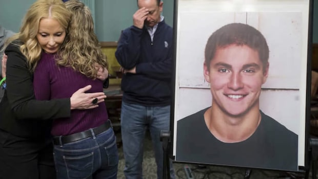 Football-talang plågad till döds under nollning