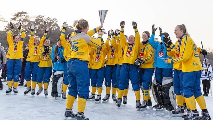 Foto: GERT HOLMÉR / SVENSK BANDY