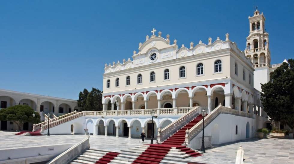 Evangelístriakyrkan på ön Tinos är en symbol för det moderna Greklands födelse. Foto: Hans Peter Schafer/Wikimedia Commons