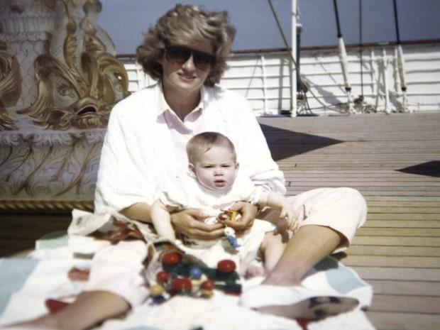 Bilderna visar sanningen om Prinsessan Diana