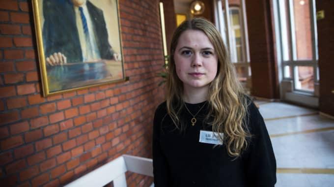 """""""Om Socialdemokraterna pressar på och vill ha fler restriktioner, då kommer Miljöpartiet att lämna regeringen"""", säger Grön Ungdoms Klara Lidman. Foto: Anders Ylander"""