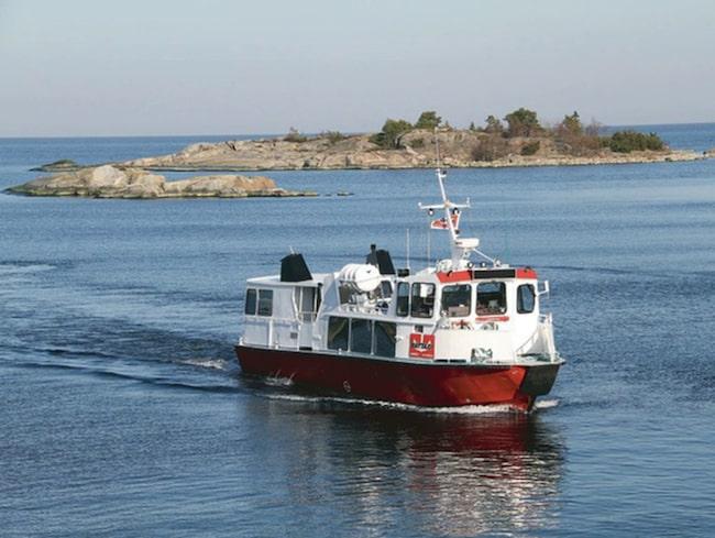 Nord/Sydlinjens båtar stannar vid ett 30-tal av ytterskärgårdens finaste utflyktsmål.