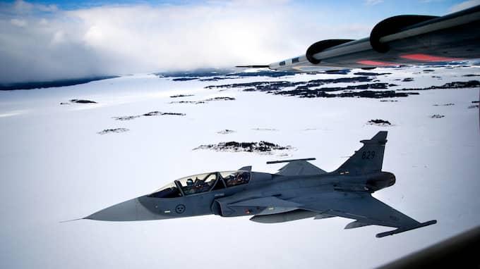 Sveriges flygvapen kan slås ut av ryska robotar i en krigssituation. Foto: MAGNUS HALLGREN / DN