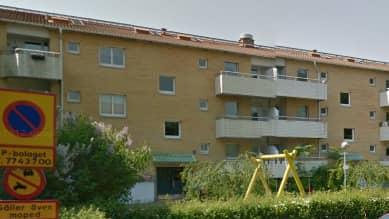 Enligt GP hittades mannen insvept i något form av emballage i ett källarutrymme. Foto: Google maps
