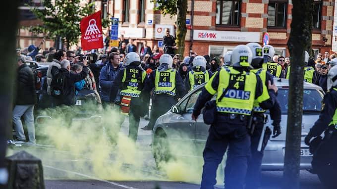 De är inte mycket till hjältar, de elva som åtalats för brott i samband med motdemonstrationen mot nazistmarschen under bokmässan i Göteborg 30 september. Foto: ANNA-KARIN NILSSON / ANNA-KARIN NILSSON EXPRESSEN